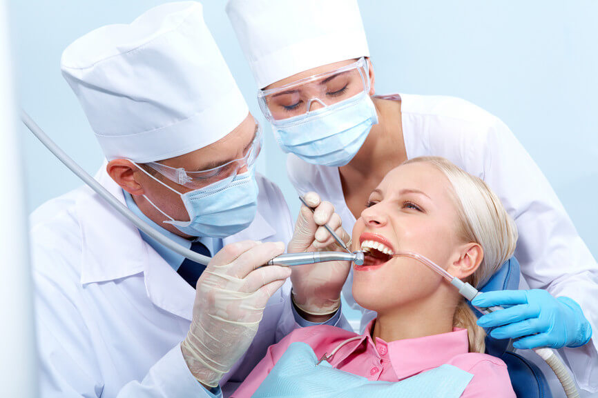 хороший стоматолог - стоматология ДентаСмайл